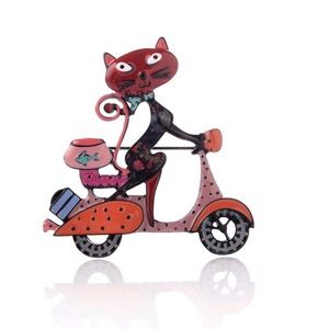 🆕 Super Cute Cat with Motorcycling Pin Brooch